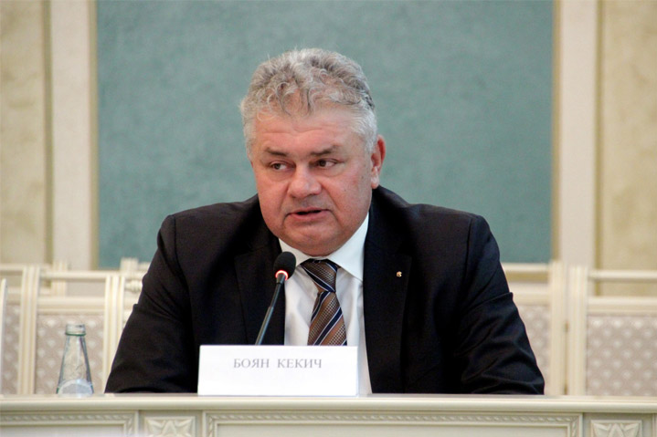 Боян Кекич