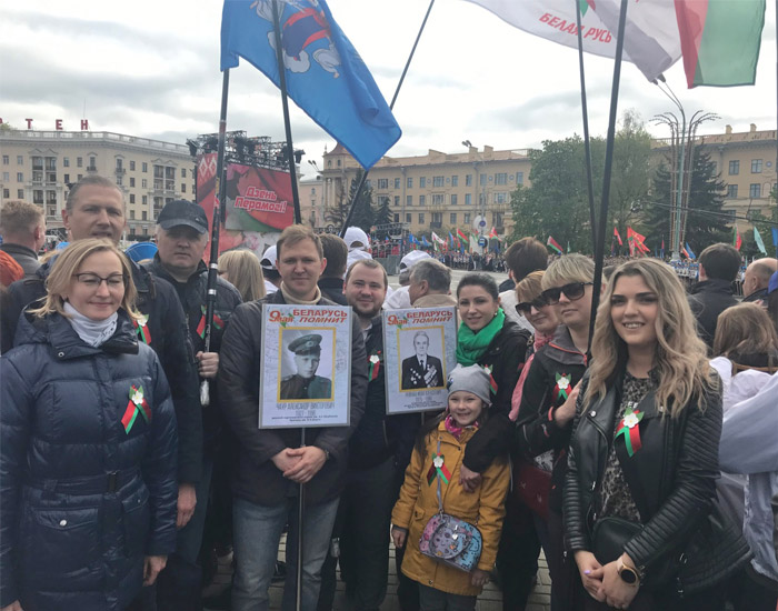 возложении венков на площади Победы в Минске